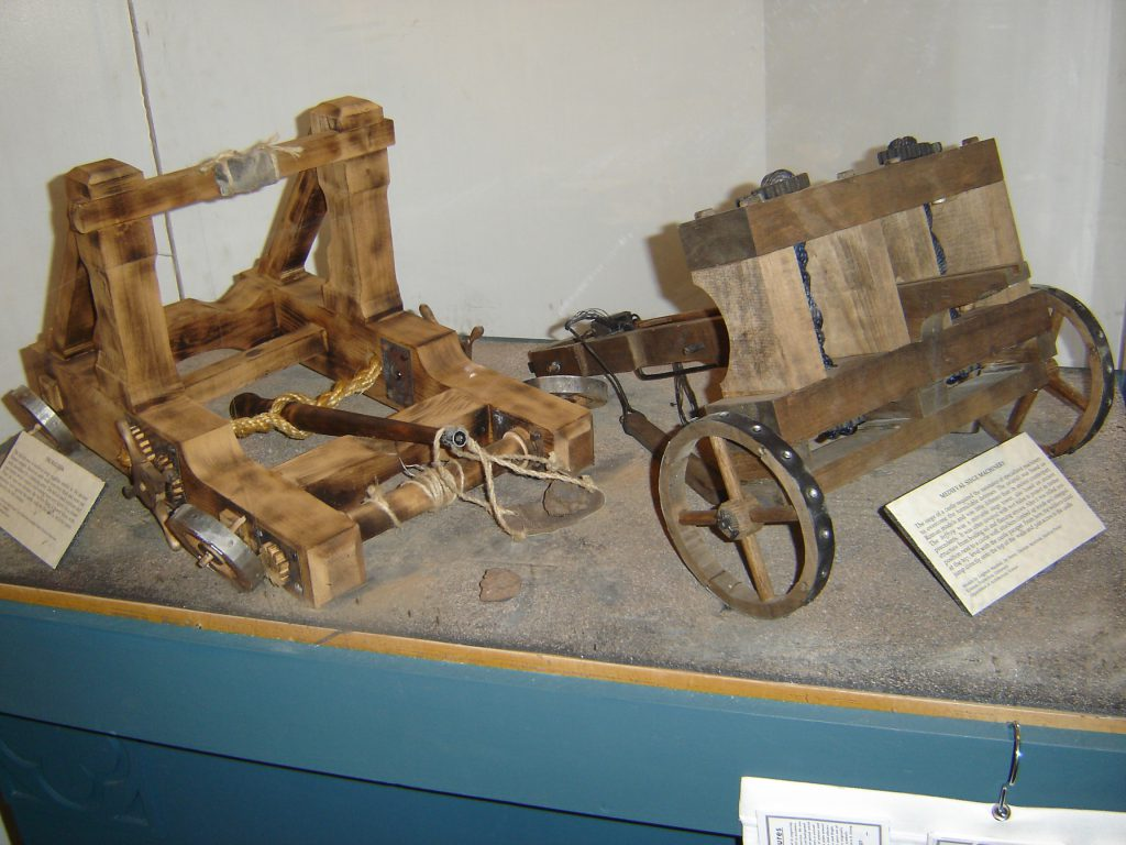trebuchet model and wagon
